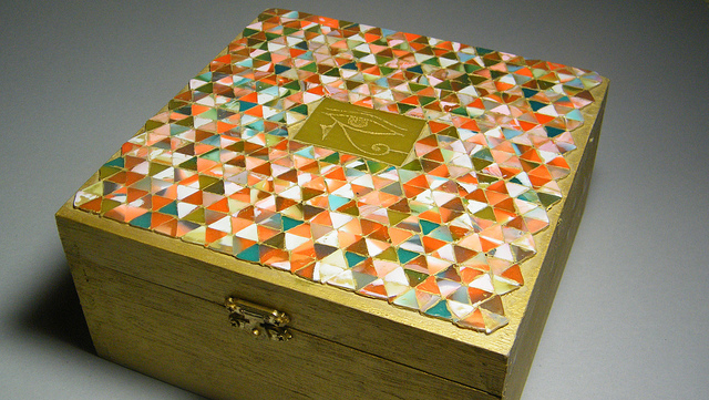 Ancient Box by beadingvera  Sch I Gestaltung