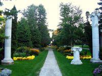 Guild Inn Gardens by Loozrboy