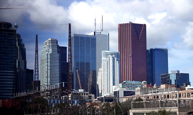 Toronto Skyline by A Yee