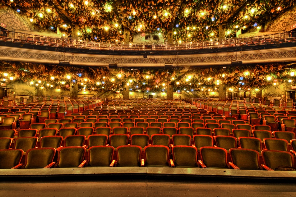 Wintergarden Theater by Canon in 2D