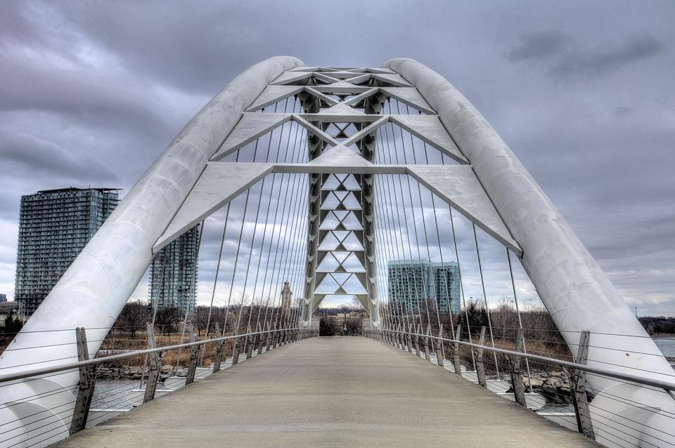 Toronto Humber Bay Bridge Front