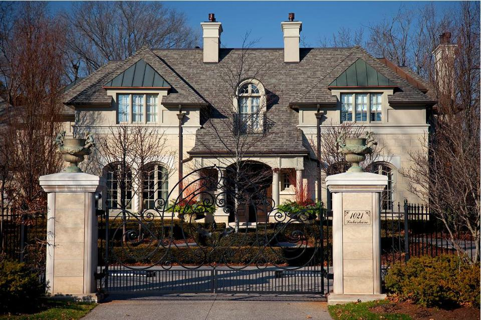 Peter Sellar House