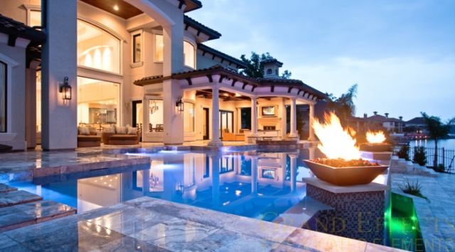 Fire bowls by Grand Effects