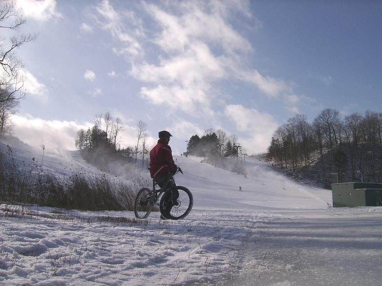 North York Ski Hill at Earl Bales Park by Jon Watts
