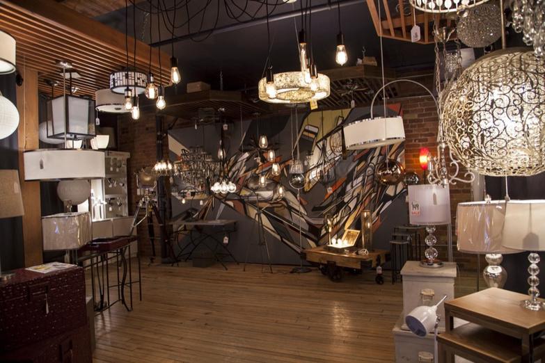 Living Lighting King store 2