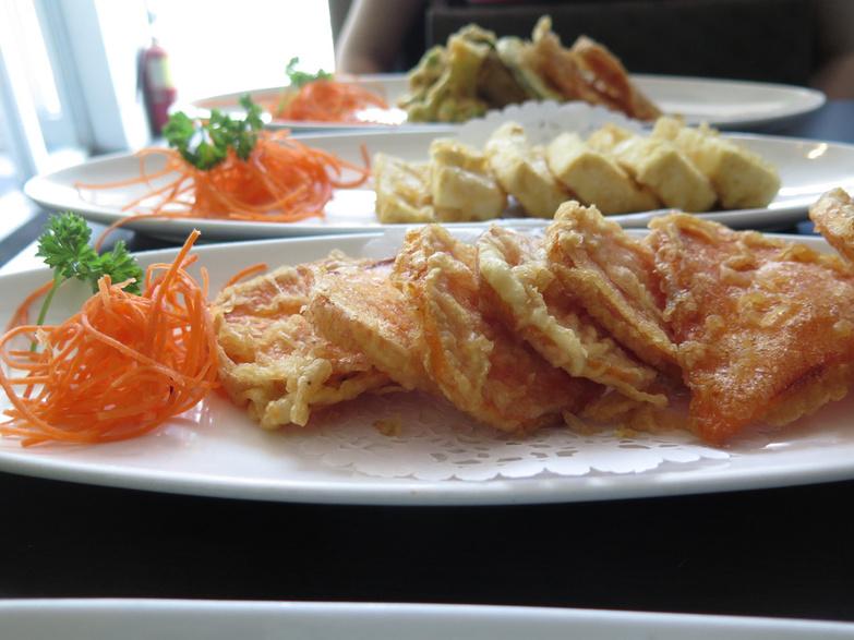 Sakura Yam tempura tofu and vegetable tempura