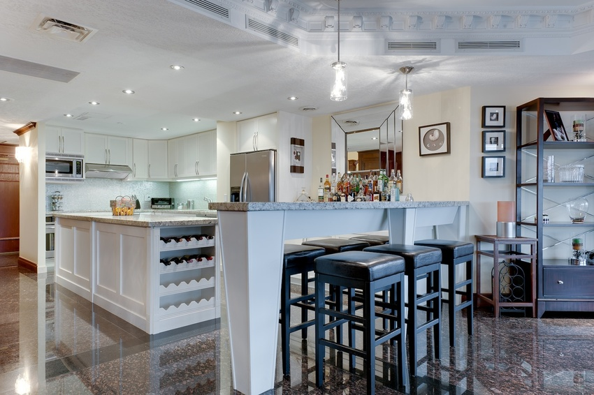 21 kitchen and dining 1