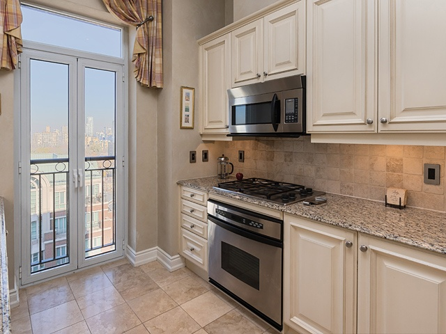 48 st clair ave w 1201_13