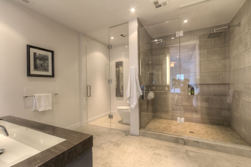 500 Wellington Street West Suite 801 Furnished