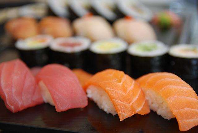 Sushi Bar by Avlxyz