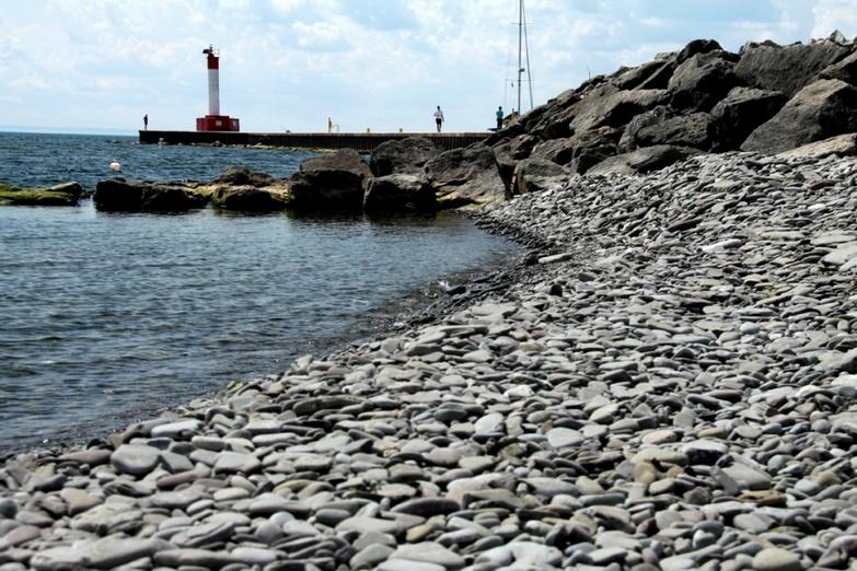Lighthouse on Lakeside Park Beach