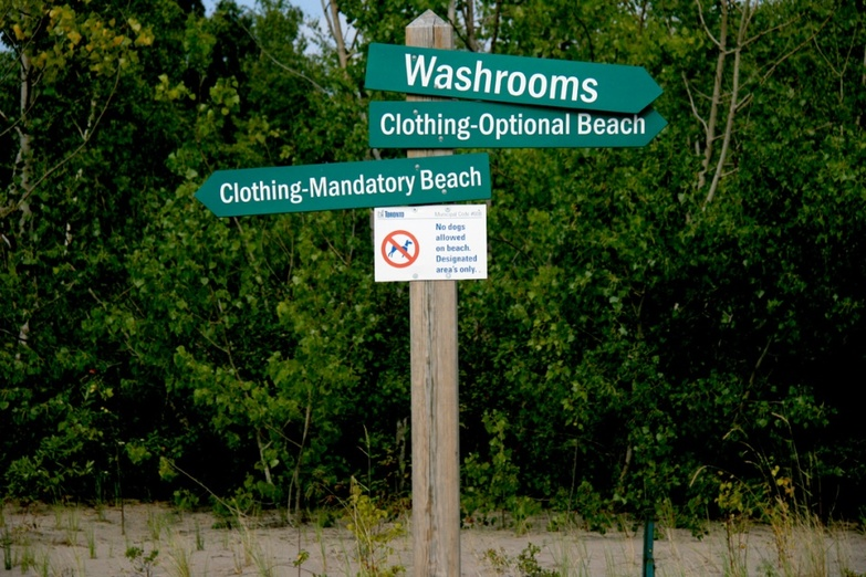 Washrooms beach signs