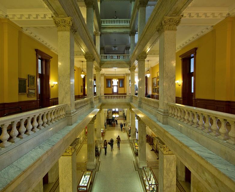 Photo of The Week – Ontario Legislative Building