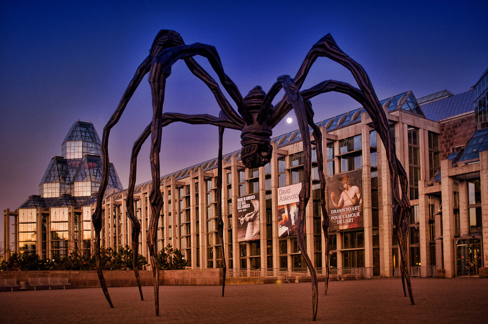 Maman by Gronkca