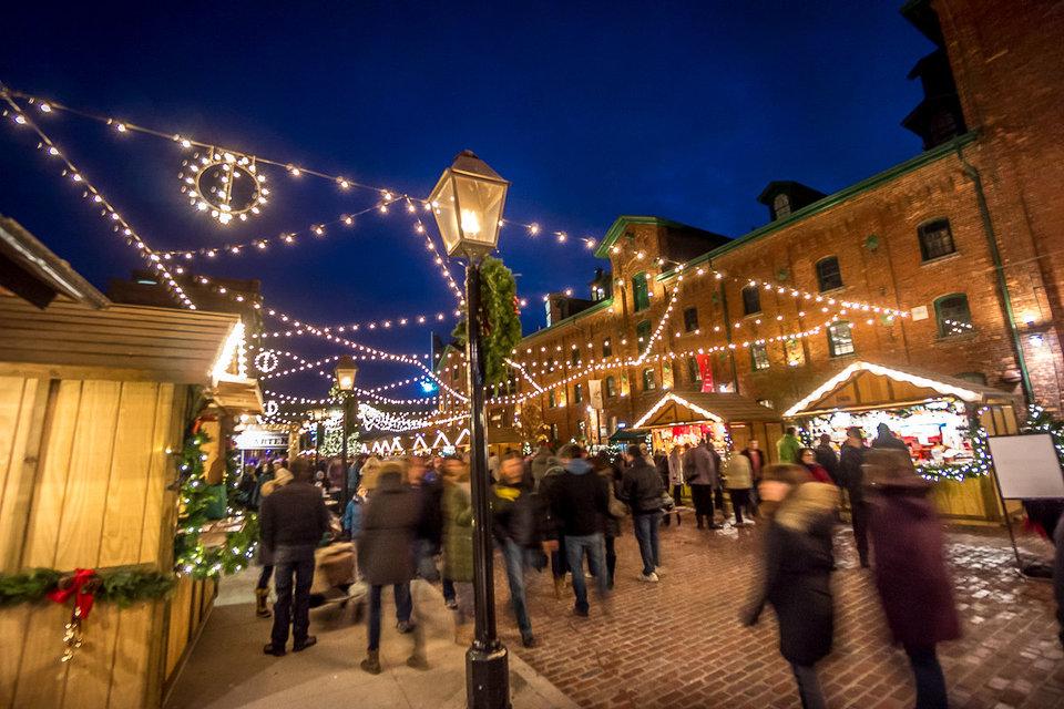 Toronto Christmas Market17