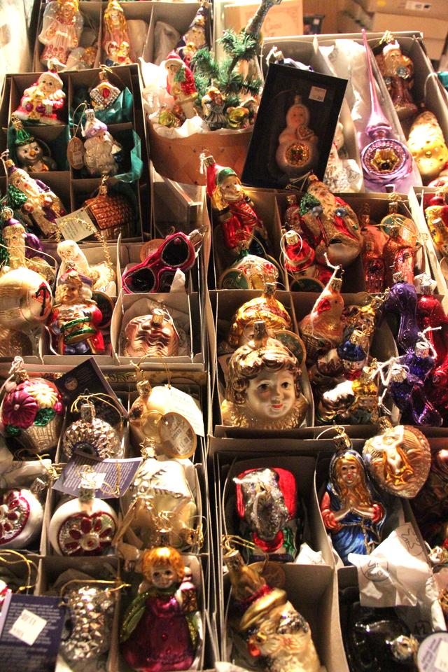 Toronto Christmas Market decorations