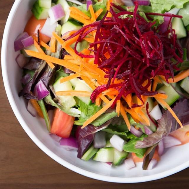 Me Va Me Salad
