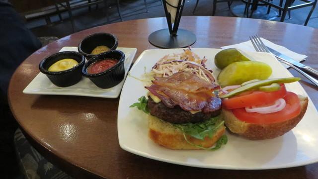 BeerBistro burger