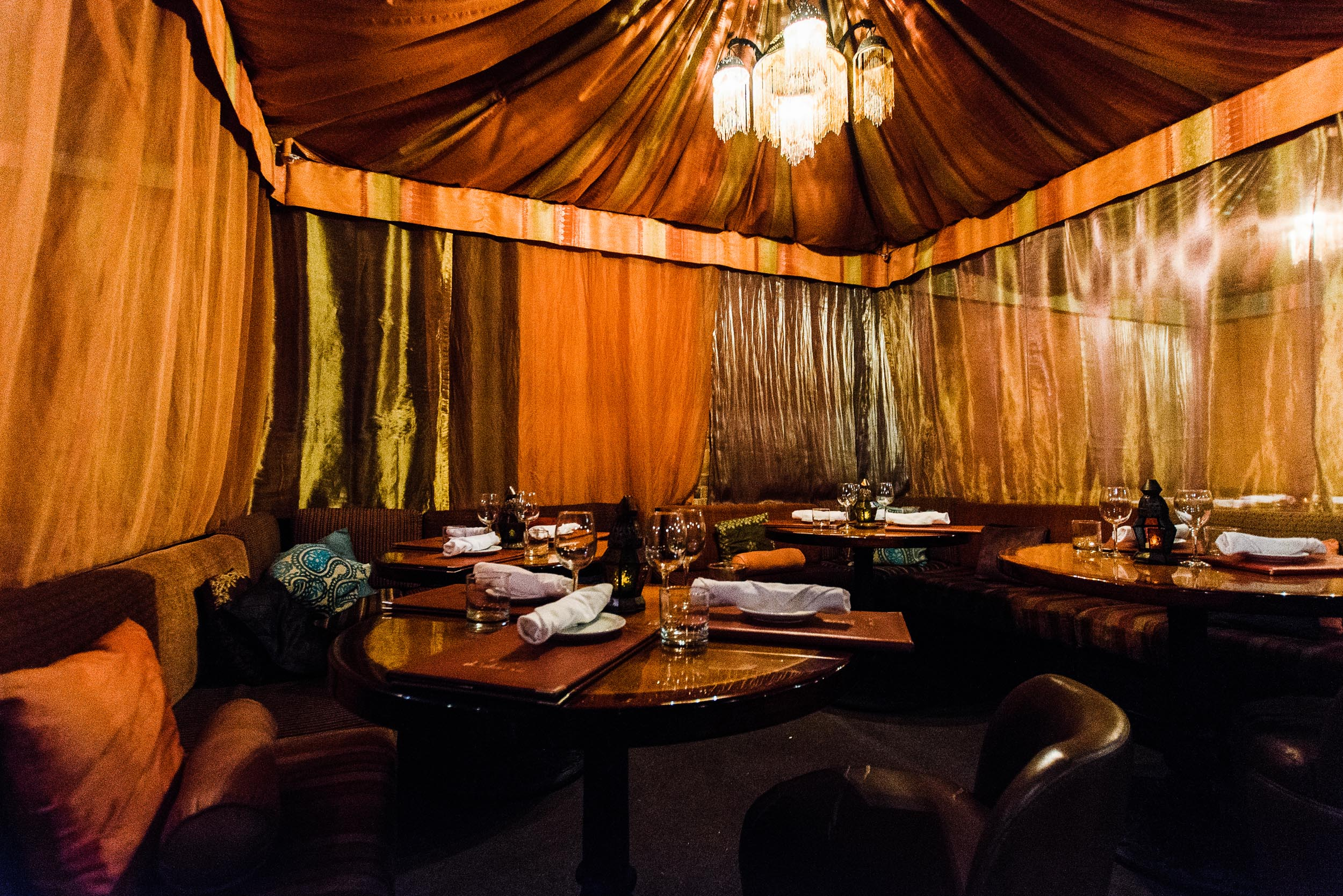 & Most Unusual Restaurants in Toronto: Sultanu0027s Tent