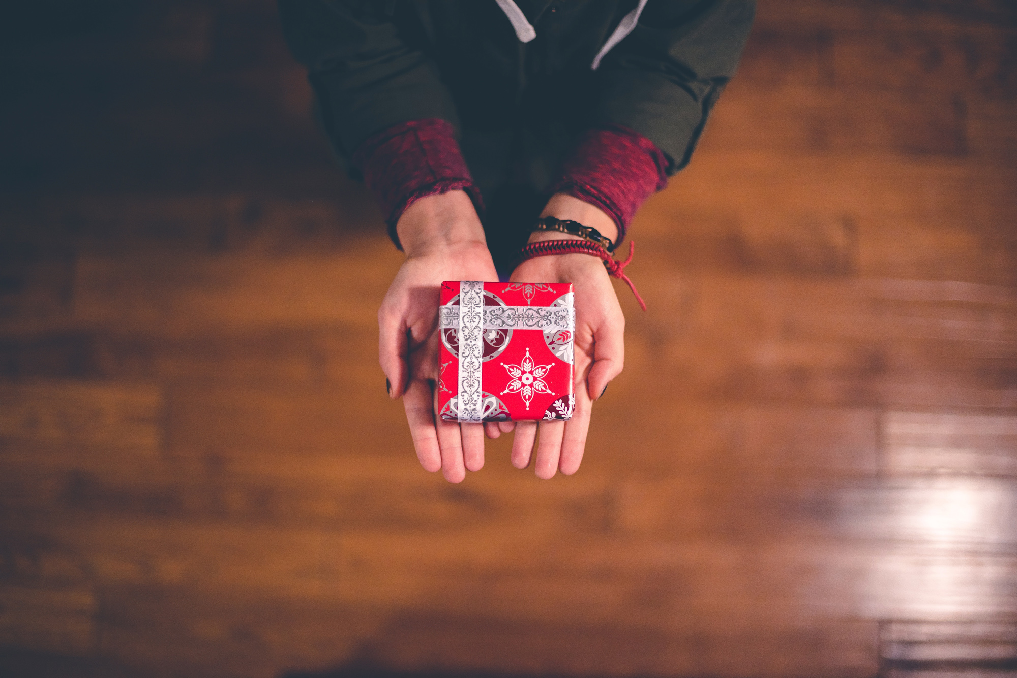 Gifting Property To Family Member >> Gifting Real Estate What You Need To Know Jamie Sarner