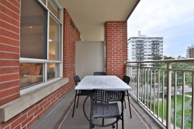 1 deer park crescent, suite balcony