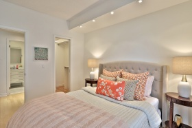 1 deer park crescent, suite bedroom 2