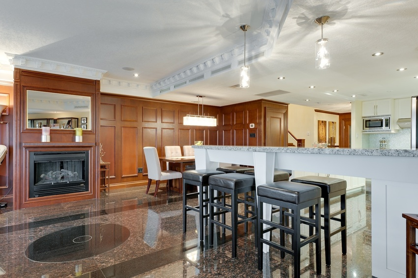 22 kitchen and dining 1