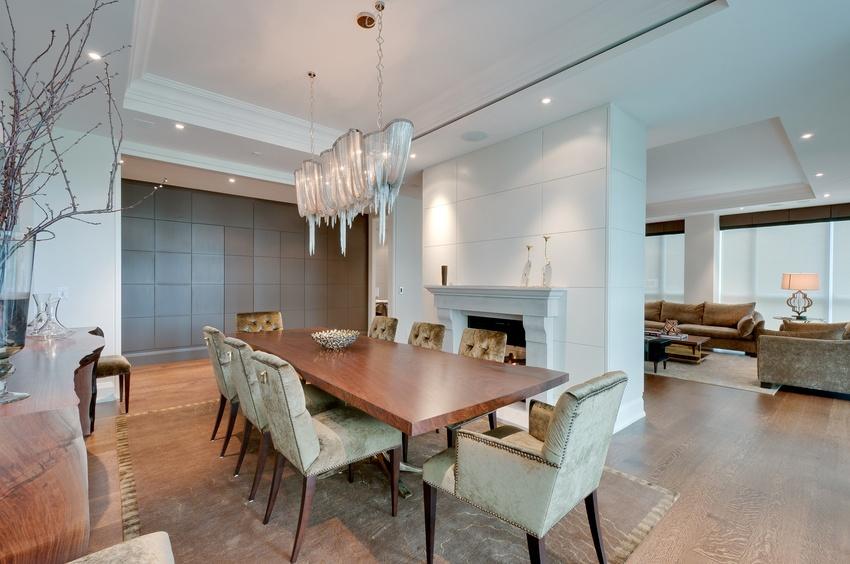 32 dining room