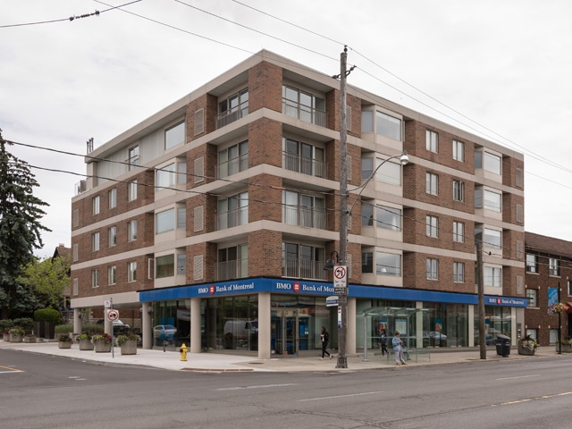 70 Elmsthorpe Ave, Suite 401 - North Toronto - Forest Hill