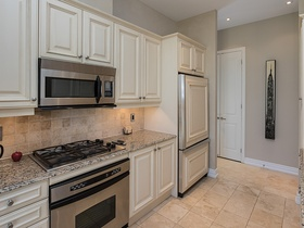 48 st clair ave w 1201_15