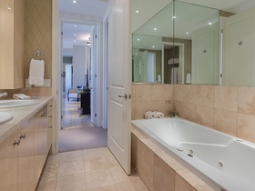 48 st clair ave w 1201_20