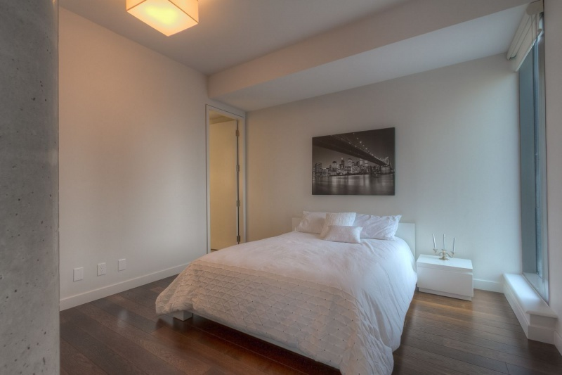 500 Wellington Street West Suite 801 Furnished