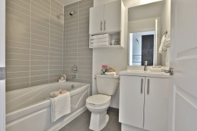 803530stclairavewbathroom3