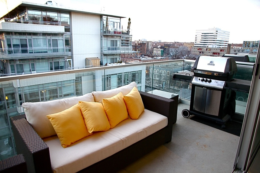balcony with veiw 2