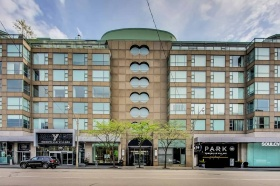 77 Avenue Road, Penthouse 5 - Central Toronto - Yorkville