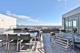27. roof deck