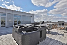 29. roof deck & bbq