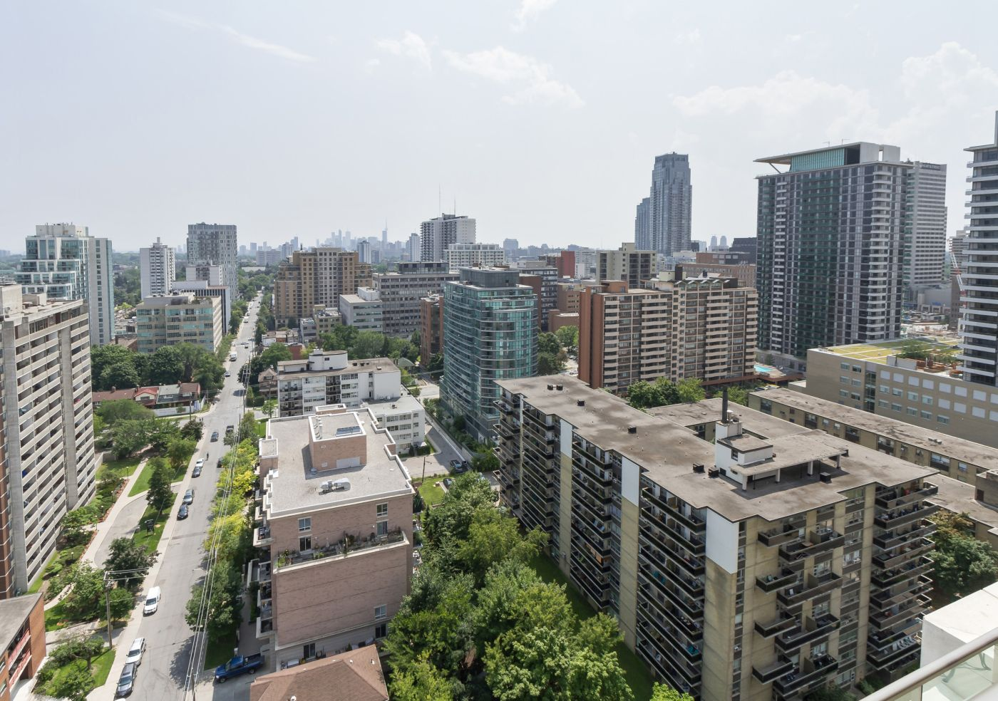 88 Broadway Avenue Suite 2002 North Toronto Pleasant View