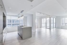 809_88_scott_street_5. open concept main living area