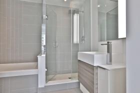 88 scott street master bathroom