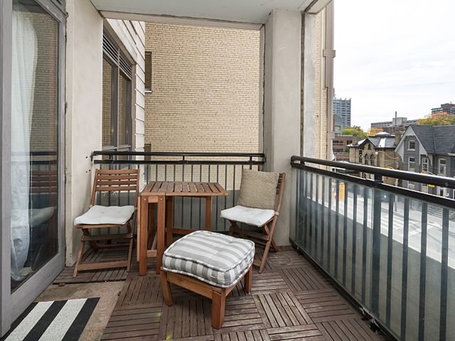 15 Balcony 99 Avenue Rd 302 18
