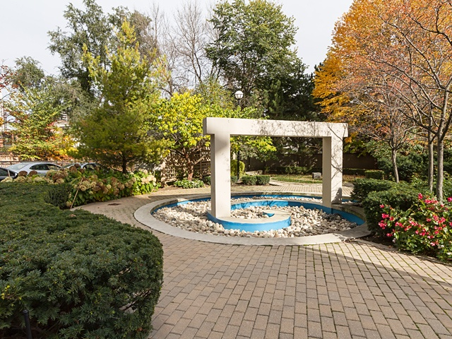 18 rear garden area 99 avenue rd 302_23