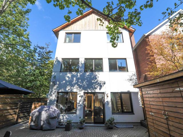 23 Shorncliffe Avenue North Toronto Forest Hill