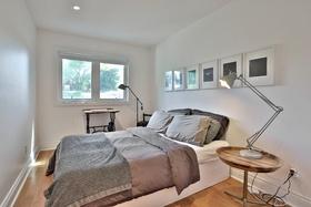 18 bedroom2