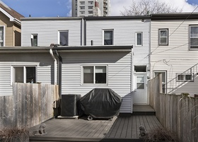 38 tiverton ave_25