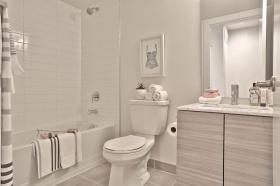50curzonstreet50937bathroom