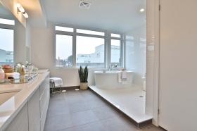 50 curzon street 509 54 master bathroom