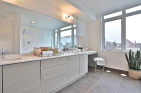 50 curzon street 509 55 master bathroom
